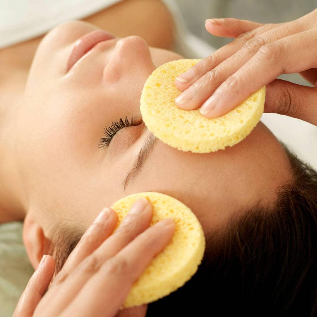 A facial massage